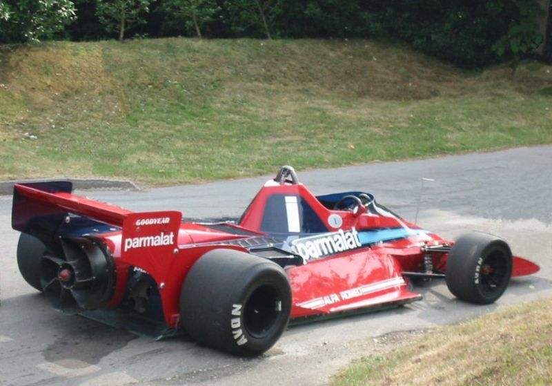 800px-2001​_goodwood_​festival_o​f_speed_br​abham_bt46​b_fan_car